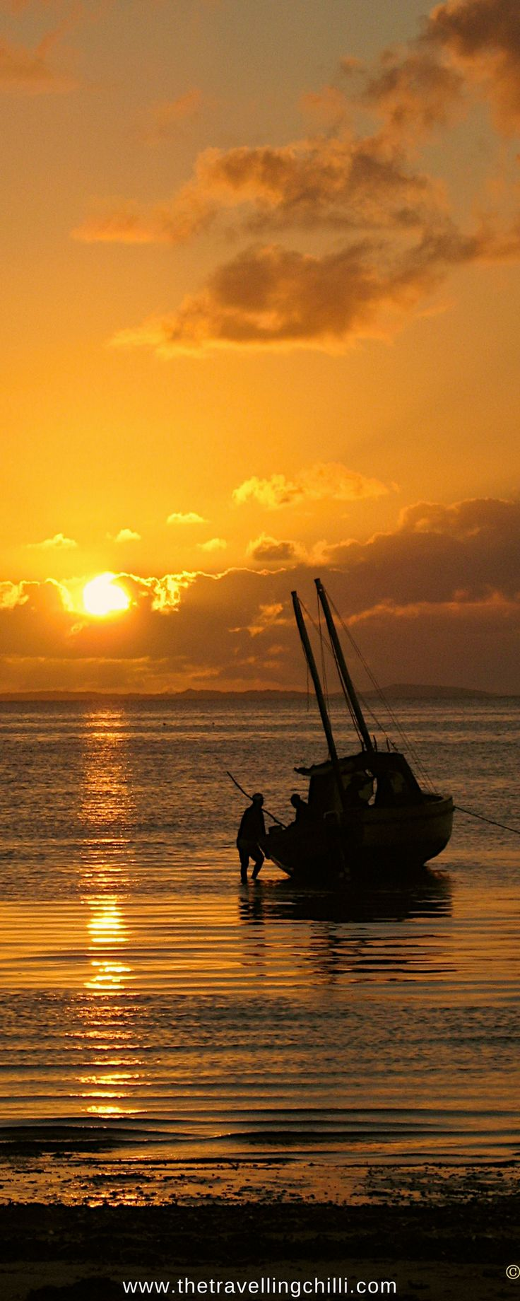 African Sunset on Bazaruto Archipelago in Mozambique | Watch a sunset in Africa | #Africansunset #sunset #mozambique