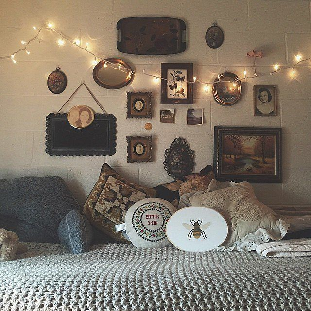 Dorm rooms are small, practically by definition. But a lack of space doesn't mean the rooms need to be short on style.