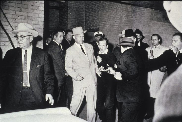 Pulitzer photos | Bob Jackson captures Lee Harvey Oswald's murder in 1963, here.