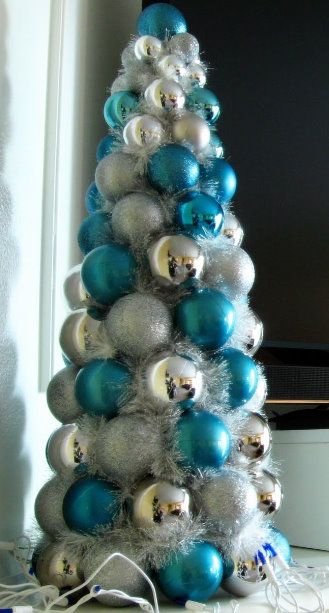 christmas ball tree diy - cute and inexpensive. maybe even good for an older kid christmas party?
