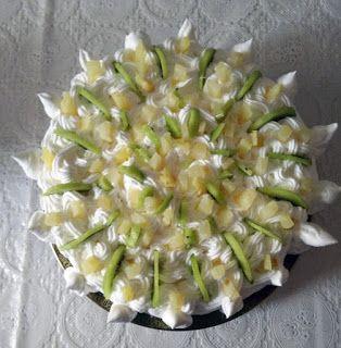 Daniele: Tort cu piscoturi si fructe  http://daniela-florentina.blogspot.ro/2016/11/tort-cu-piscoturi-si-fructe.html