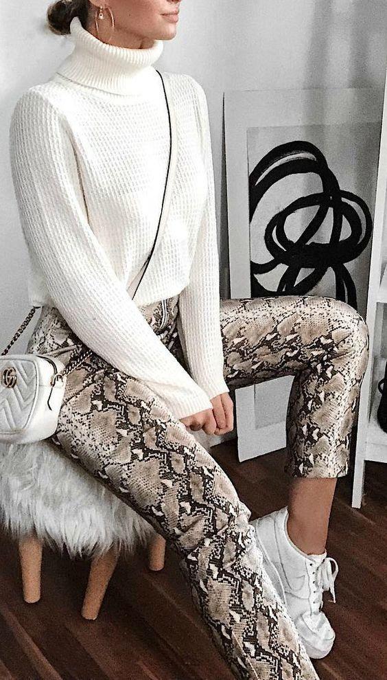 Turtleneck | Knitwear | Snake print pants | Inspiration | More on Fashionchick