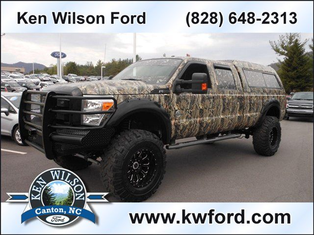 Just Rolled In 2011 Ford Super Duty F 350 Srw Lariat