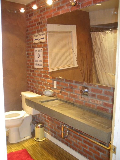 i would pay rent to live in this bathroom