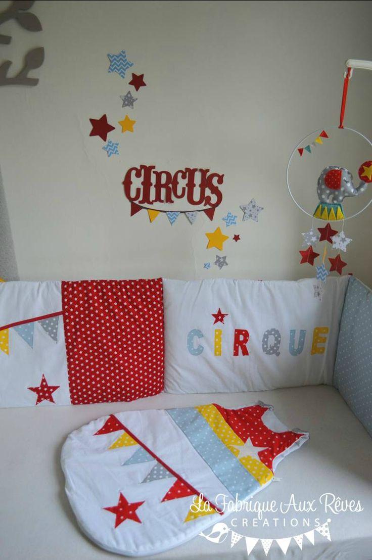 Stickers cirque toiles rouge jaune bleu gris d coration for Stickers elephant chambre bebe