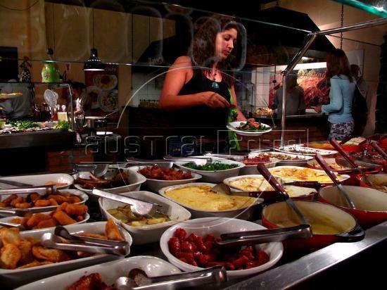 A Mineira, Rio de Janeiro Brazilian homestyle buffet in Humaita, just between Botafogo neighborhood and Lagoa