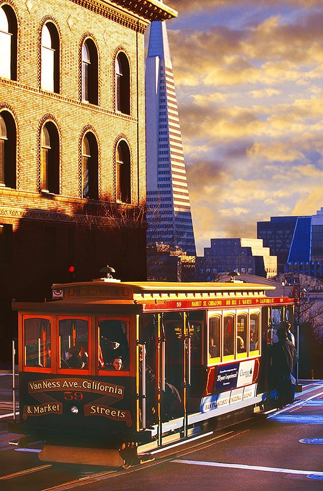 California u0026 Market Street cable car on