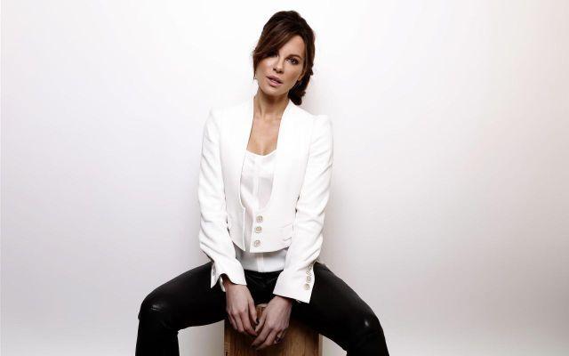 Celebrity Feet Site: Kate Beckinsale
