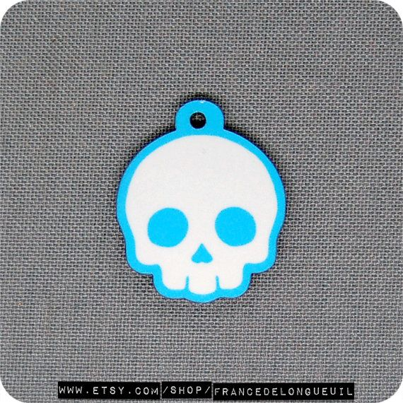 Charm Blue skull  Cellphone Zipper Pull Dust by FranceDeLongueuil