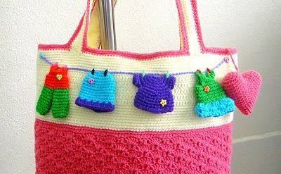 Crochet Inspiration ~ A Clothesline Themed Tote - or make a sign for the laundry room door !!: Crochet Bags, Bags Crochet, Pattern, Crocheted Tote, Crochet Handbags, All, Crochet Is Fun, Yellow Crocheted