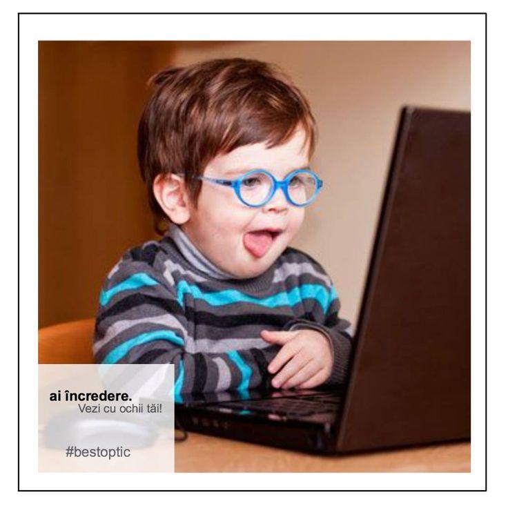 Bebelușii au încă de la naștere dificultăți în a vedea clar de aproape. Odată cu creșterea, ochiul lor se alungește, iar această problemă dispare. Sunt situații în care ochiul copiilor nu se dezvoltă suficient, iar în acest caz apare hipermetropia, aspect care se poate corecta prin purtarea ochelarilor. Specialiștii Best Optic vă răspund întrebărilor. #bestoptic #devazut #copii