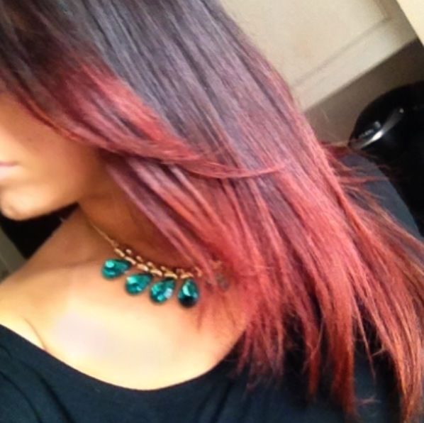 Fall hair color! Gorgeous red ombre hair for brunettes!! Twitter : @nicole_mariie IG: nicolexomariee