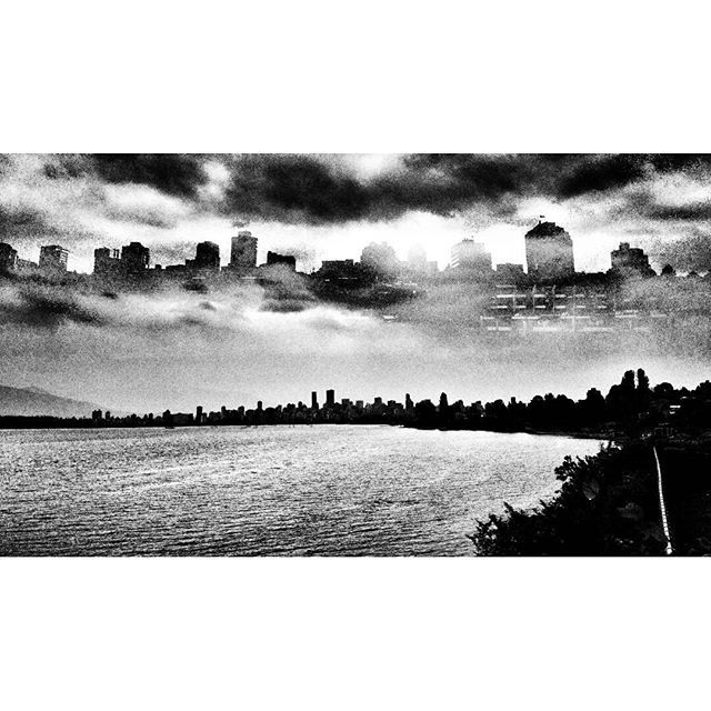 Floating city / Re-inventing the landscape. . #vancouverinblackandwhite #doubleexposure #vancity#landscape #cityscape #waterscape #imaginarycity #skyline #moodygram #blackwhitephotography #bnw#monochrome #bnw_city#bnw_creatives #noir_vision #simply_noir_blanc