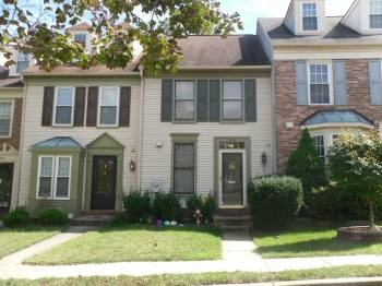 Awesome 3 Level Townhome in Excellent Condition!  Minutes to Ft. Meade, Howard County Schools and No CA Tax!