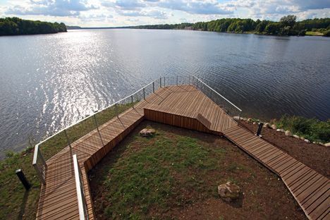Wooden viewing platform seems to be out over Latvia's River Daugava | Architect Lover