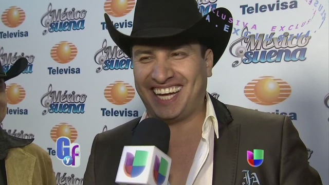 VIDEO: Julión Alvarez confesó si es generoso con su familia o no - http://uptotheminutenews.net/2013/06/05/latin-america/video-julion-alvarez-confeso-si-es-generoso-con-su-familia-o-no/