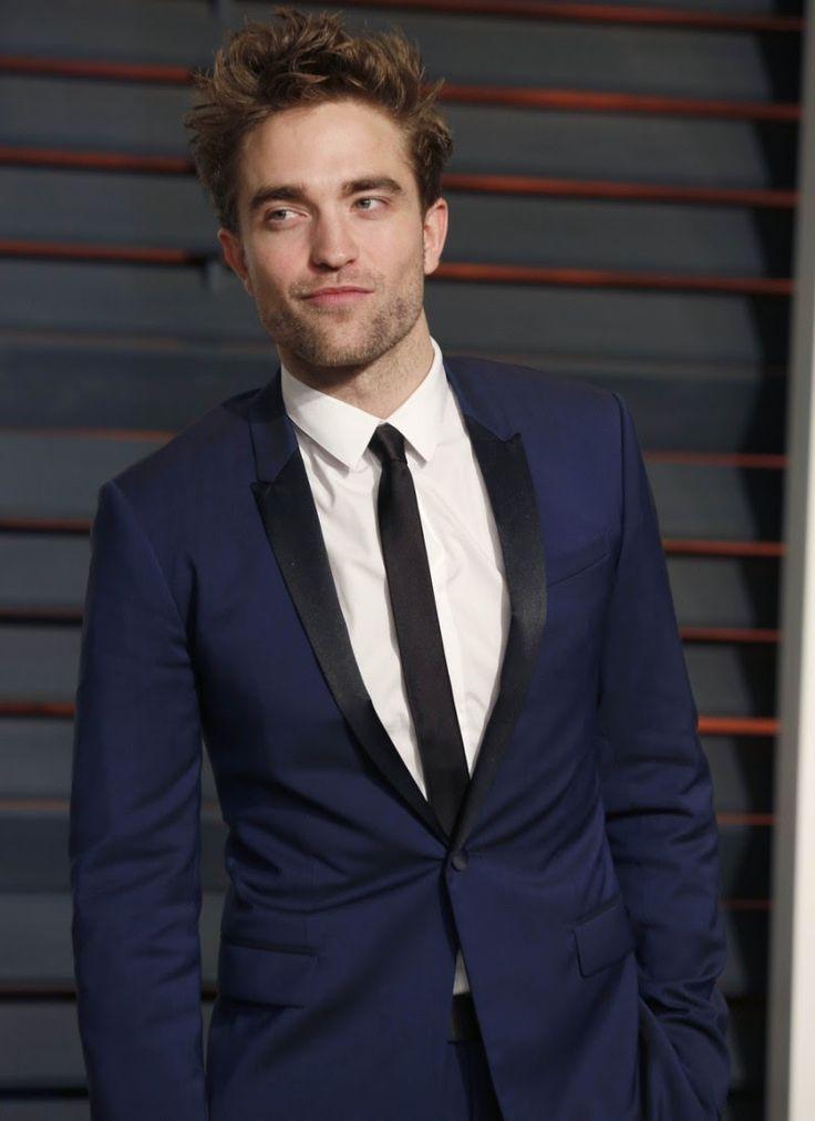 9 veces que Robert Pattinson nos enseñó cómo usar un traje formal de forma correcta | El Blog De Akío