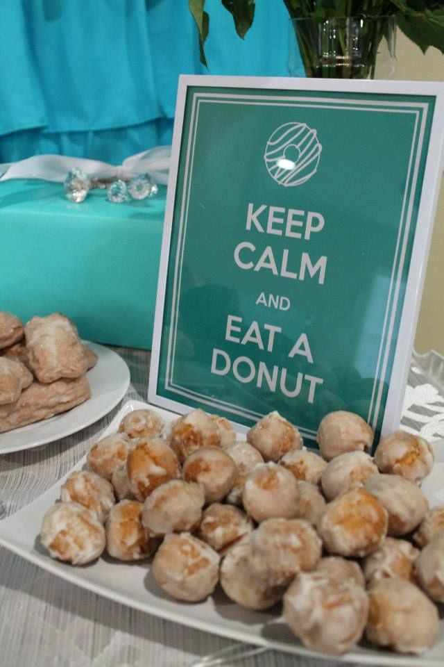 Fun Party Idea: Create a donut bar in lieu of a candy or sweets table! #kidsparty #partyfood #partyidea
