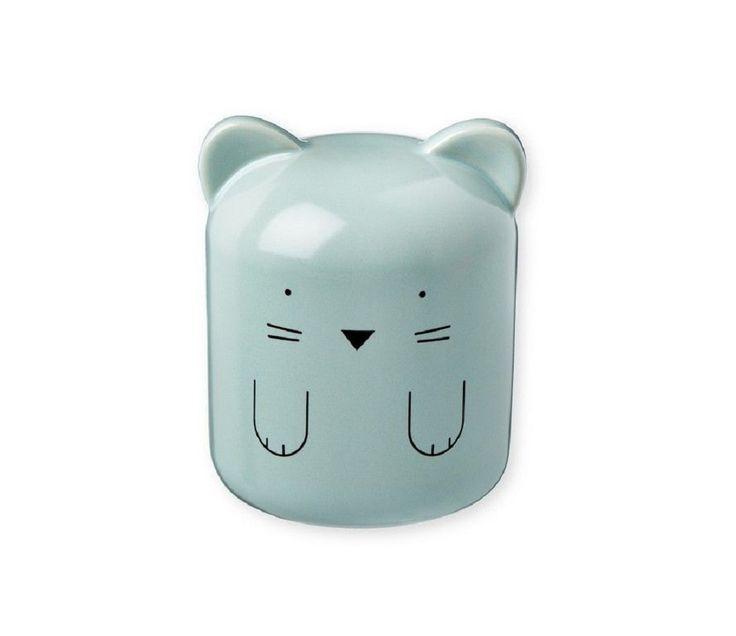 Blå sparebøsse i poselen, katt