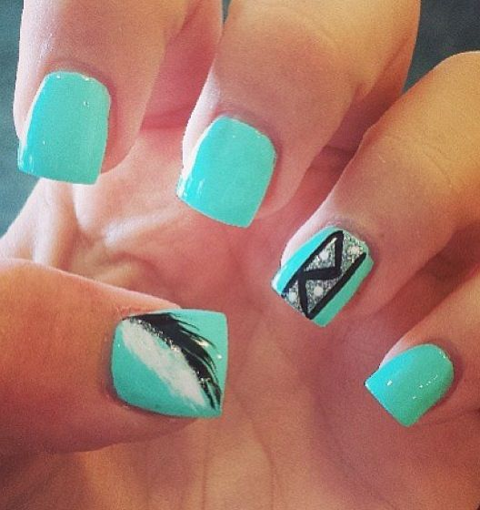 I love these nails so much I wish I had my nails done like this they are amazing.