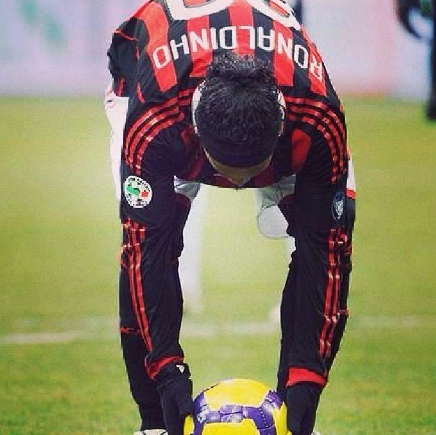 Ro naldinho AC Milan