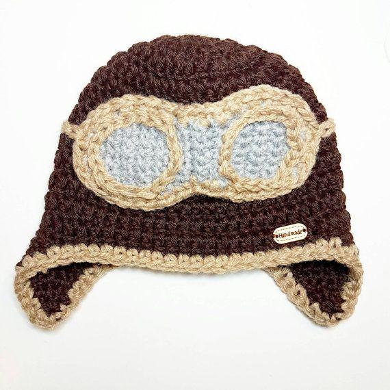 Guarda questo articolo nel mio negozio Etsy https://www.etsy.com/it/listing/482678222/aviator-beanie-crocheted-pilot-warm-hat