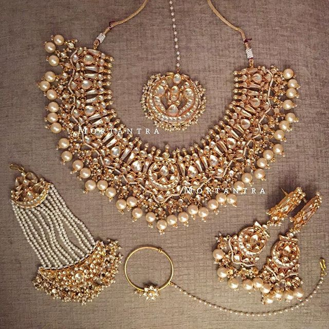 1000 Ideas About Indian Bridal Jewelry Sets On Pinterest: Best 25+ Pakistani Jewelry Ideas On Pinterest