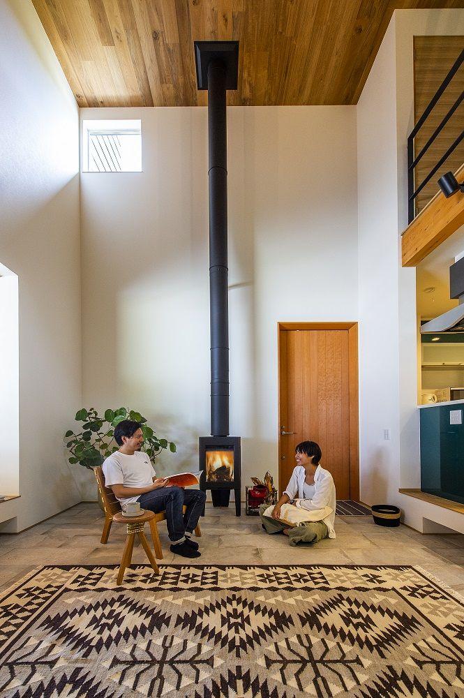 木の家で暮らす 家 吹き抜けのある家 注文住宅