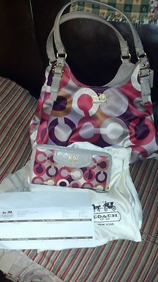 coach handbags factory outlet online 57ey  OMG I sooo been looking for this purse i need it in my life!