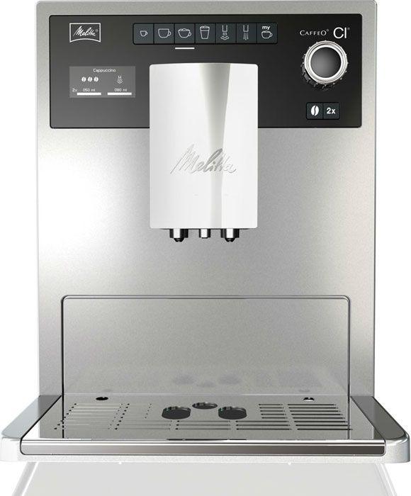 Melitta Caffeo CI Zilver  Melitta Caffeo CI Zilver Een prachtige machine met unieke functies. Voor vier personen kan je vier voorkeuren per type koffie instellen. En net als in een Italiaanse bar wordt bij een cappuccino eerst de koffie ingeschonken en daarna het melkschuim. De one touch 2 cups functie is geschikt voor elke koffie specialiteit van espresso tot latte macchiato.De CI heeft een all-in-one outlet voor koffie warme melk melkschuim en warm water en beschikt over een dubbel…