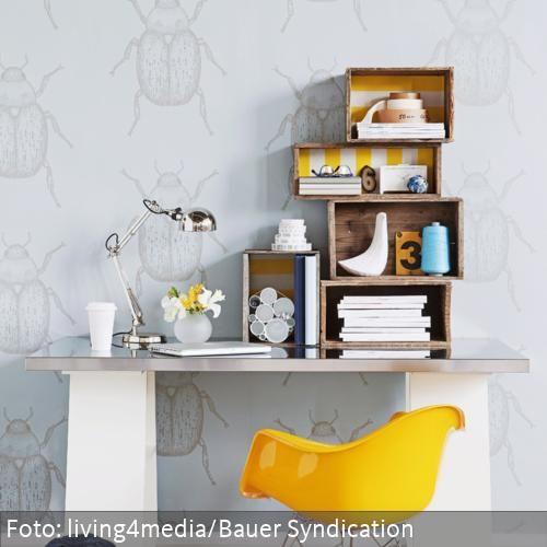 regal aus holzkisten wohnzimmer pinterest holzkiste couch und einrichtungstipps. Black Bedroom Furniture Sets. Home Design Ideas