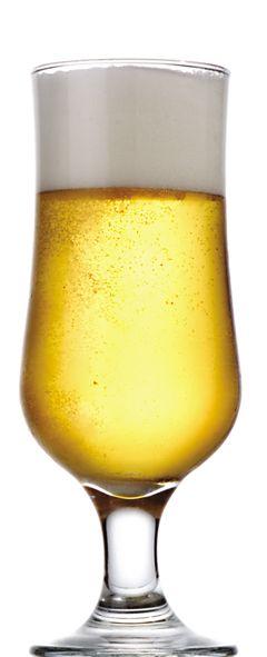 Design ideal para copo de cerveja em vidro que possibilita melhor aproveitamento da bebida.    Os copos desenhados para servir cerveja são aqueles com a boca um pouco mais larga do que a base, essa estrutura ajuda a formar a quantidade correta de espuma, que serve para manter a cerveja gelada por mais tempo.  Copo que também poderá ser utilizado para servir drinks, refrescos, sucos e vitaminas.  Produto fabricado com vidro de altíssima qualidade.