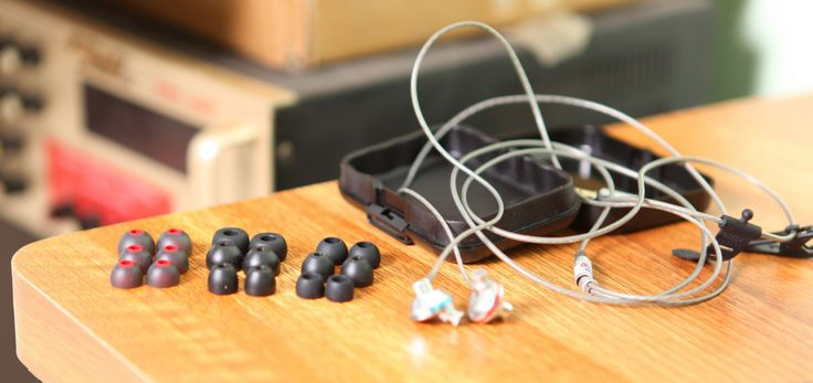 Do you need extra bass? Here is the guide for you to pick up the best bass earbuds under 100 $ that can give you the same experience like in clubs.