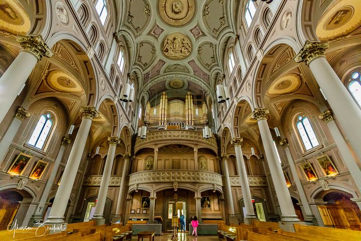 Church of the Gesù-Montreal - Church of the Gesù-Montreal