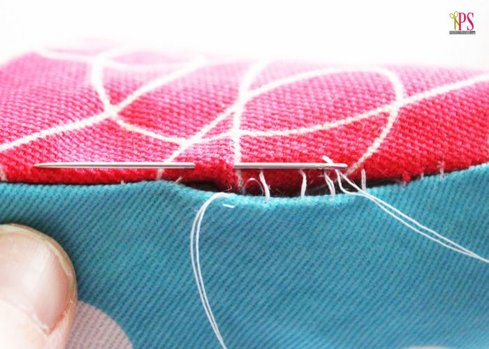 Handy tutorial on how to hand-sew a pillow closed to finish (blind/ladder stitch) from Positively Splendid.