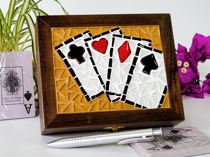 Caixa de baralho em mosaico