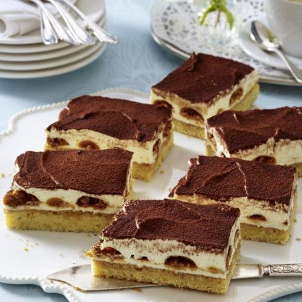 Tiramisu-Kuchen vom Blech Rezept | LECKER