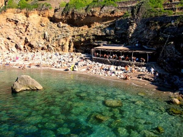 Mallorca - Cala deiá (Hang out of Miss Vera Bianca Bohl) x