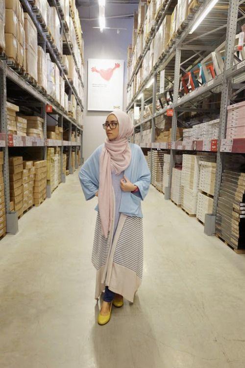 Siti Juwariyah her dress/skirt thing