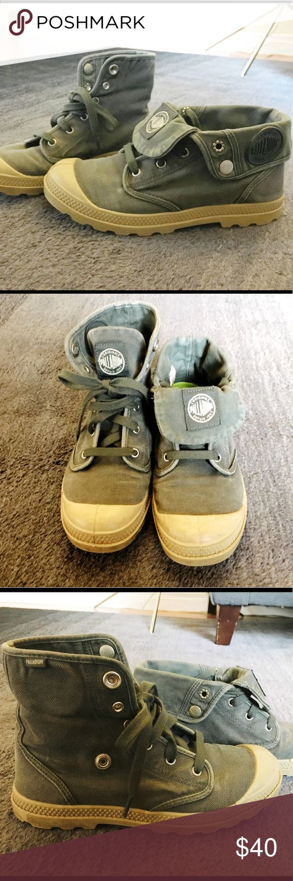 Palladium baggy shoes In good condition. You can wear these folded over or not. True to size. Palladium Shoes