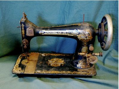 Resources for fixing and cleaning old sewing machines - like my 1956 Singer 99k, much loved and still kicking!