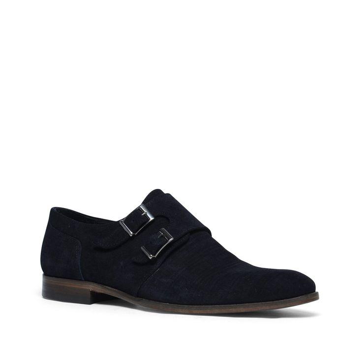 Blauwe suède gespschoenen  Description: Blauwe gespschoenen van het merk Black Label. De buitenzijde is van suède en de binnenzijde is van leer. Gespschoenen zijn gemakkelijk te combineren onder verschillende outfits. Draag de schoenen bijvoorbeeld onder een mooie pantalon met een wit overhemd. De maat valt normaal.  Price: 89.99  Meer informatie  #manfield