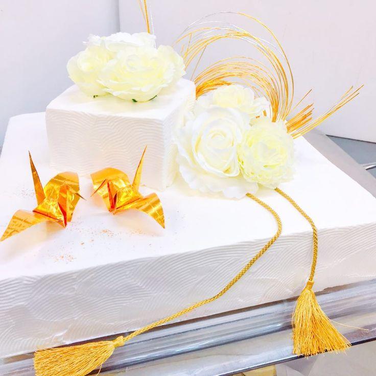 和装でケーキ入刀するなら♡おしゃれな和テイストのウェディングケーキデザイン6選 | marry[マリー]