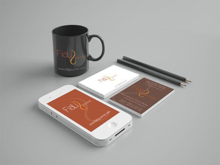 Fiali. Logotipo e identidad corporativa. Aplicaciones en diversos soportes, packaging.