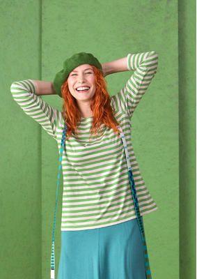 Gudrun Sjödéns #Naturmode und Bio-Kleidung - Das gestreifte Shirt aus Öko-Baumwolle ist einer unserer wahren Klassiker und hat einen eher weiten Halsausschnitt. Bestelle den hochwertiges Shirt aus Öko-Baumwolle: http://www.gudrunsjoeden.de/mode/produkte/oeko-naturmode