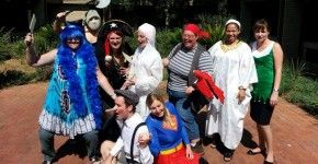 Blog - The International Hotel School.. http://www.pinterest.com/pin/create/extension/?media=http%3A%2F%2Fwww.hotelschool.co.za%2Ffiles%2F2013%2F12%2FHalloween-at-IHS-ARTICLE-1-IMAGE-Halloween-IHS-290x150.jpg&url=http%3A%2F%2Fwww.hotelschool.co.za%2Fblog%2F&description=Blog%20-%20The%20International%20Hotel%20School