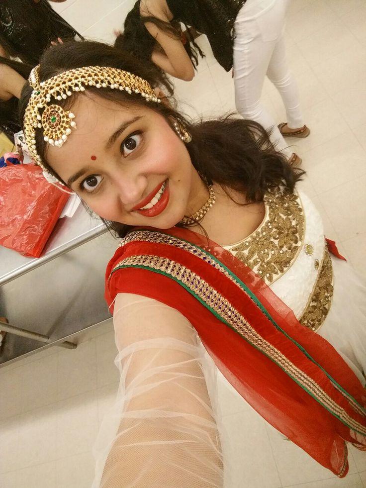 Indian white anarkali, mangtika, red lips