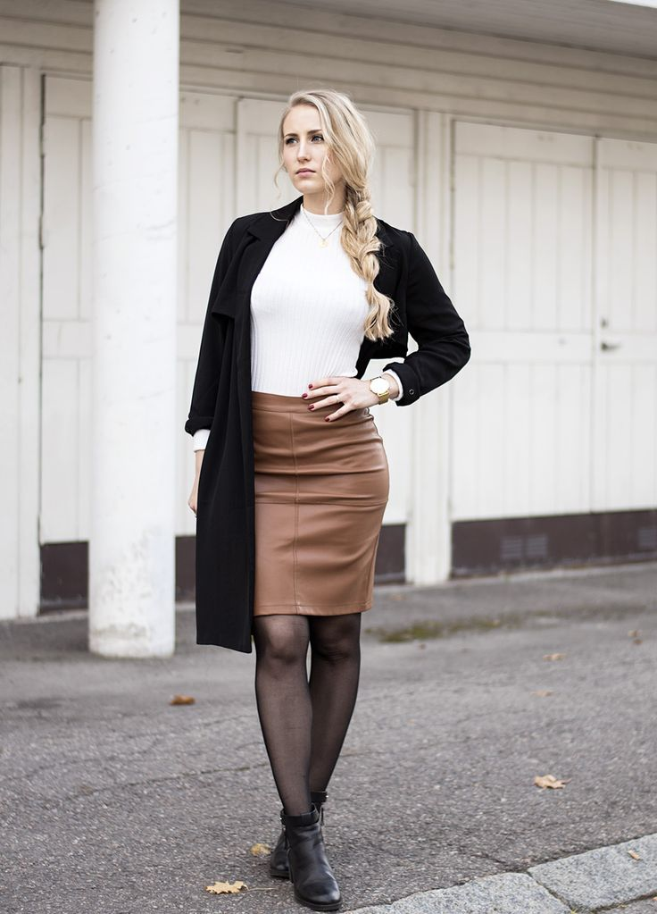 sandraemilia-outfit-brown-leather-skirt-trench-coat-turtleneck-white-4