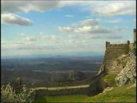 an introduction to the history of castles in europe Not everyone lived in castles during the middle ages of the middle ages as a romantic time when gallant knights rescued lovely damsels in distress and everyone lived in castles but that's only one history and social studies place europe history and social studies themes.