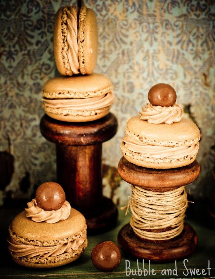Chocolate Malt Macarons